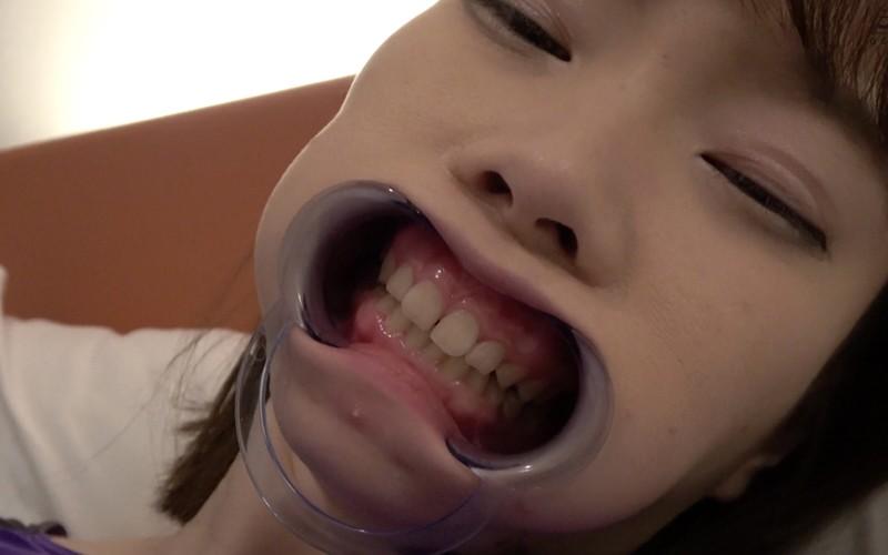 歯フェチ 〜超超超激レアの歯・口内観察〜 高梨有紗 画像12