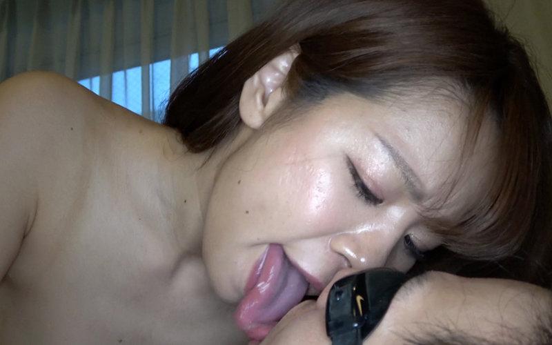 舌ベロメイト 〜極上顔舐め&唾垂らし手コキ〜 真白わかな キャプチャー画像 13枚目