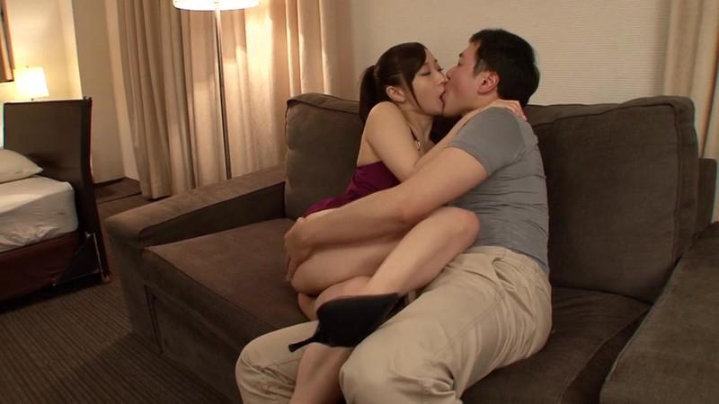 CLO-024 Studio CHoBitcH - Kissing Love Affair - Yu Kawakami big image 4
