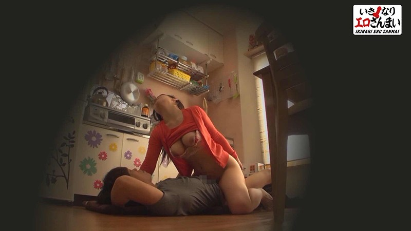 素人誰コレ Hカップ爆乳妻 お宅で突撃セックス 【27歳】子持ちママ