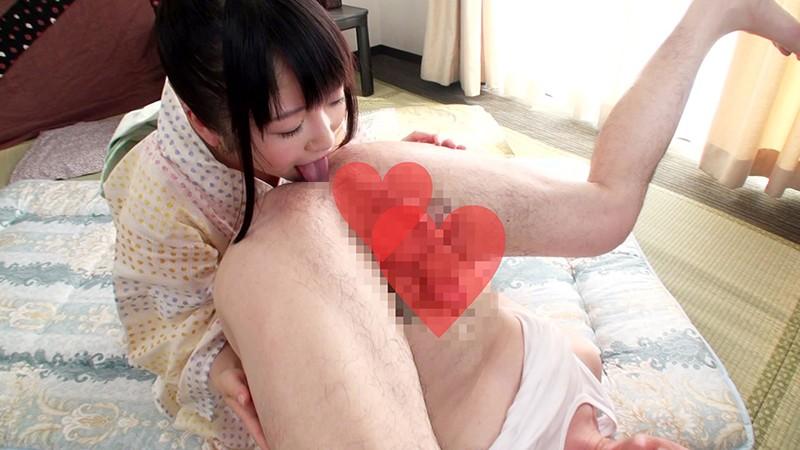 浴衣姿のちっぱい美少女にハメながら顔に精液ブッカケましたぁ〜!! 裕木まゆ 4枚目