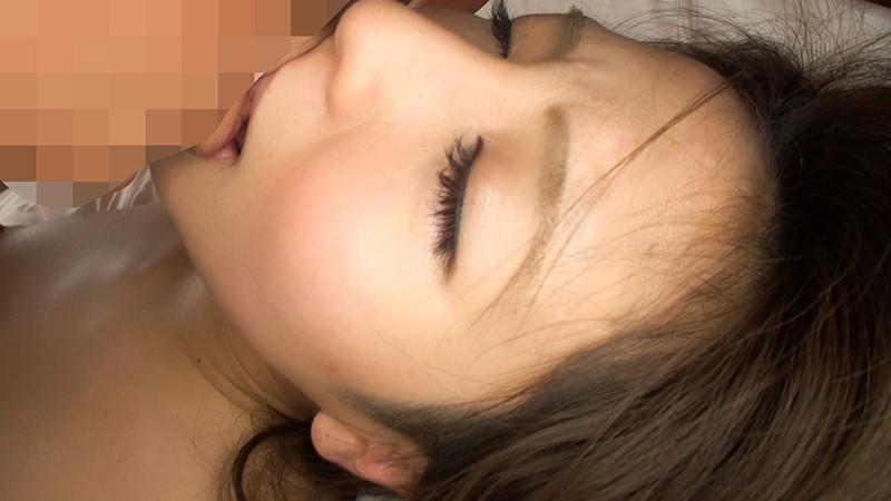 彼氏にナイショで援交するドスケベ美少女/おじさんチンポに寝取られた素人娘のハメ撮りビデオ
