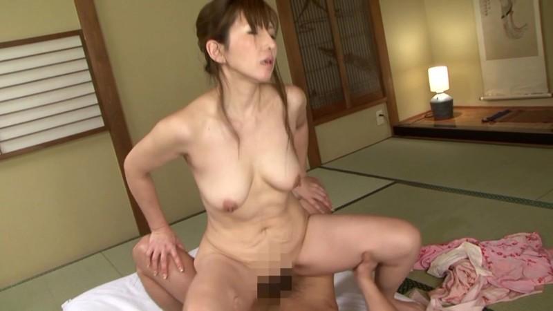 隣の奥さんは美人で熟女で床上手 矢沢美奈 45歳のお尻の毛