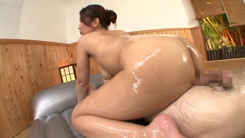 隣の奥さんは巨乳で巨尻で床上手 伊織涼子 激しくマット編 画像4