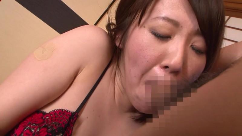 隣の奥さんは美肌で美巨乳で床上手 原望美 フェラ編 画像10