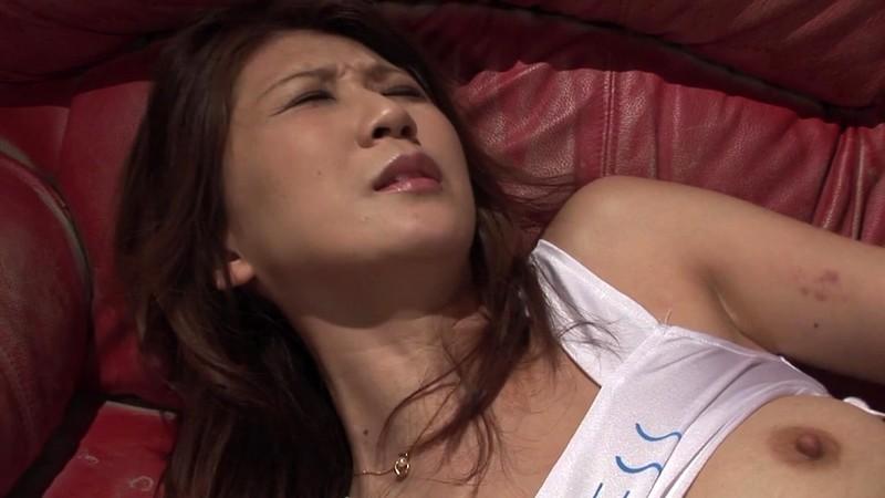 黒人にハメられたスレンダー熟女 吉岡奈々子 デカちんに耐える編2