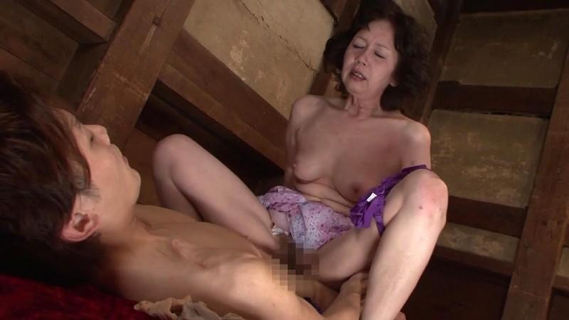 愛欲交尾 母が息子と交わる日常 大竹かずよ60歳 画像13
