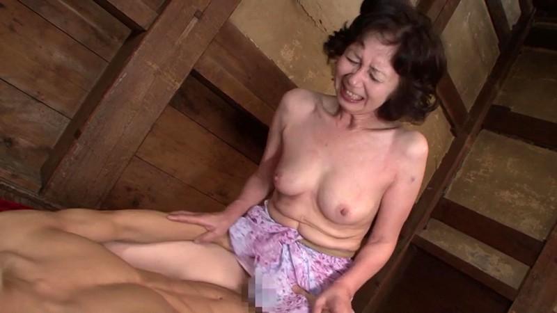 愛欲交尾 母が息子と交わる日常 大竹かずよ60歳 画像16