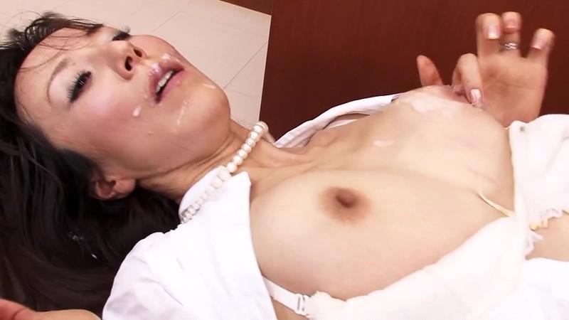スレンダー美人人妻弁護士凌● 澤村レイコ 白目剥いてのぶっかけ編17