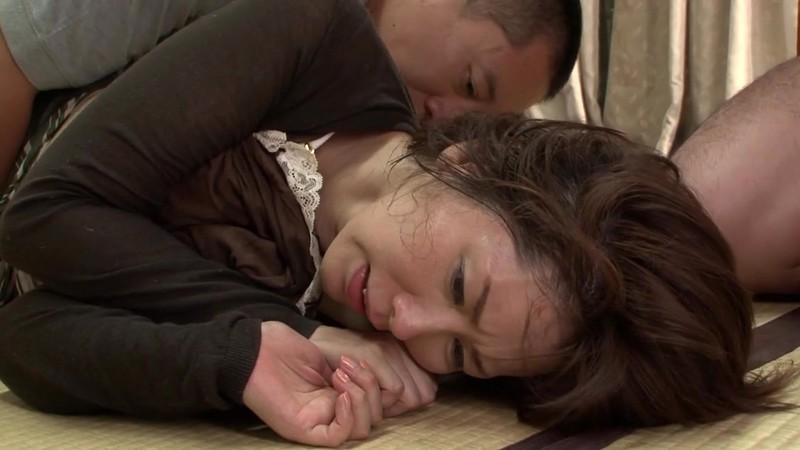 見知らぬ男に目を着けられた奥様 翔田千里42歳10