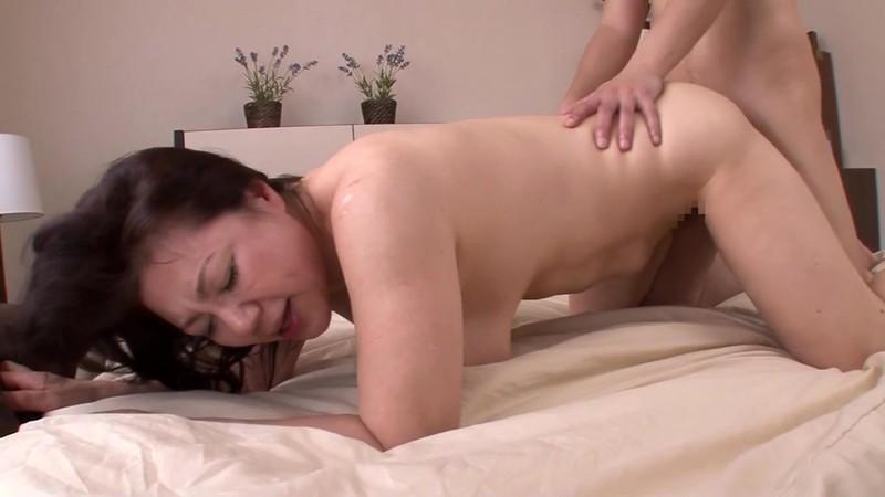 母の汗ばむ肉体に欲情した俺 富岡亜澄62歳16