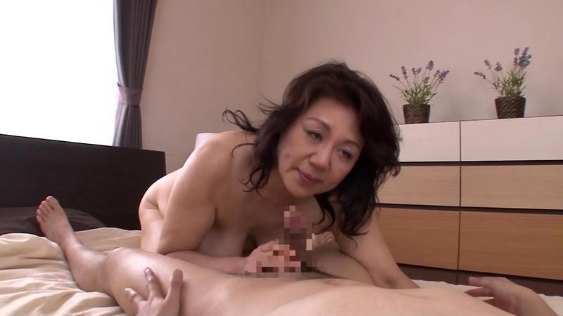 母の汗ばむ肉体に欲情した俺 富岡亜澄62歳5