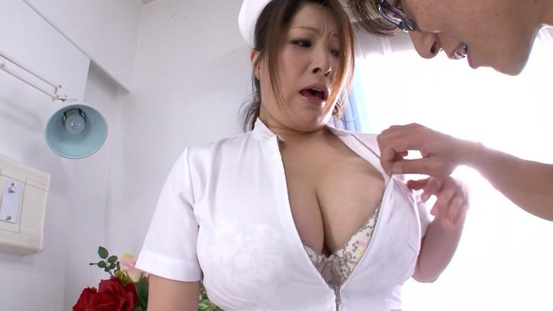 熟女のフェラと手コキ ナース編 白鳥寿美礼34歳 画像2