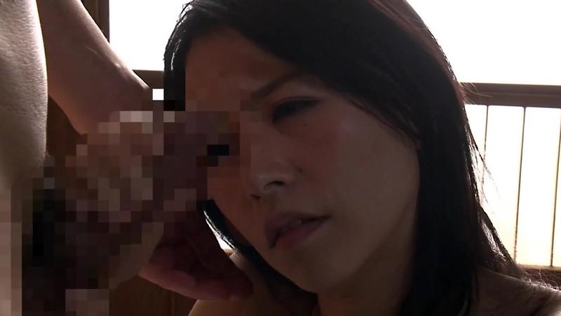 熟女の手コキ 井上綾子