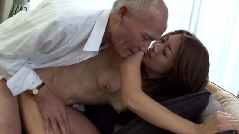 一つ屋根の下の性交 妻におじいちゃんも発射 北条麻妃 4