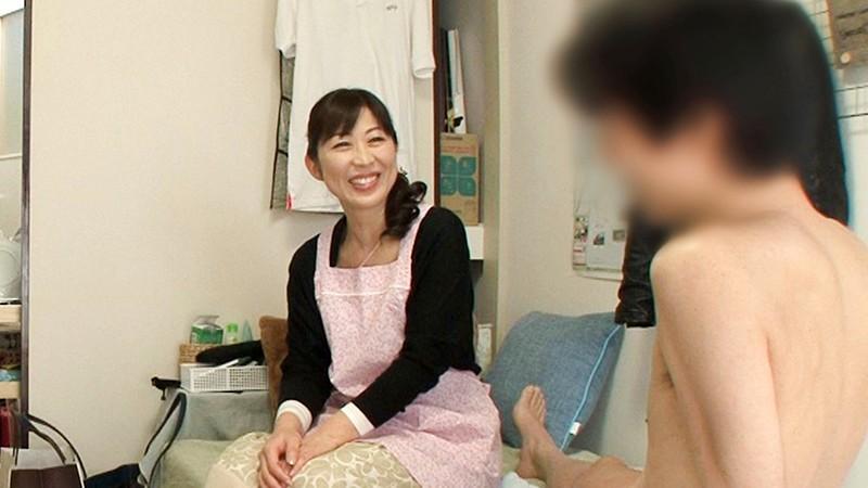 レンタル熟女のお仕事〜夫の知らない妻の裏の顔 file NO.53〜2