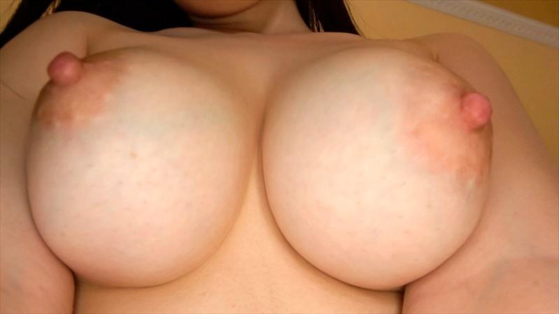 中出し露天温泉 東北出身の色白美肌!むっつりスケベ&卑猥な乳輪パイパン娘
