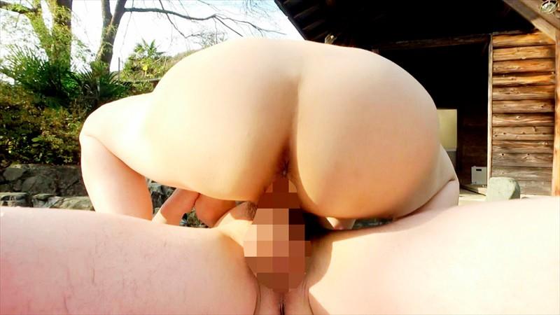 巨乳人妻温泉デート 艶やかなカラダHカップ桃子29歳 画像17