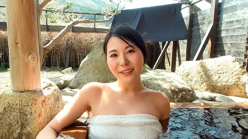 中出し露天温泉 国宝級マシュマロおっぱいIカップむっつりスケベなエロエロお姉さん1