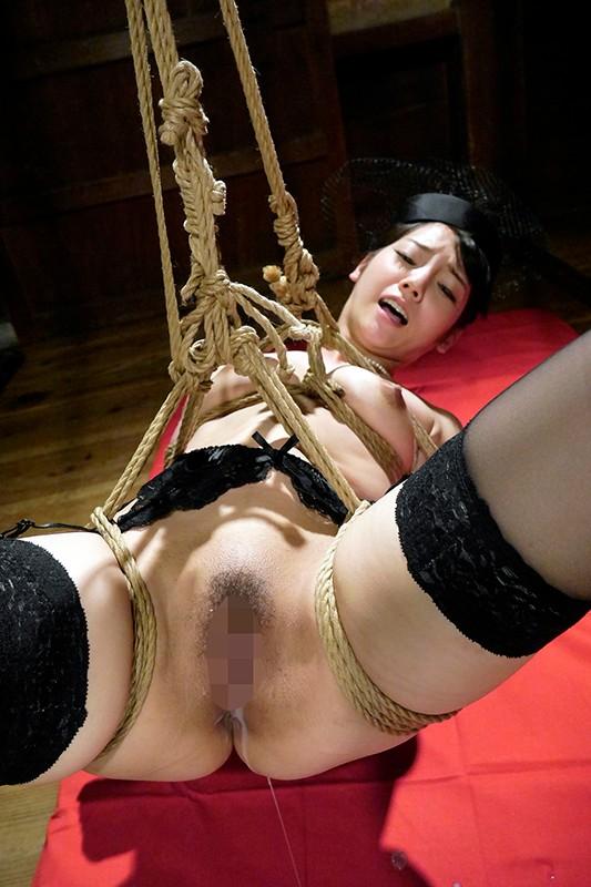 緊縛調教される嫁 過激な縄遊戯 喰い込む麻縄と蝋燭の刺激に悶え悦ぶ淫靡な肉体 10名収録 240分1