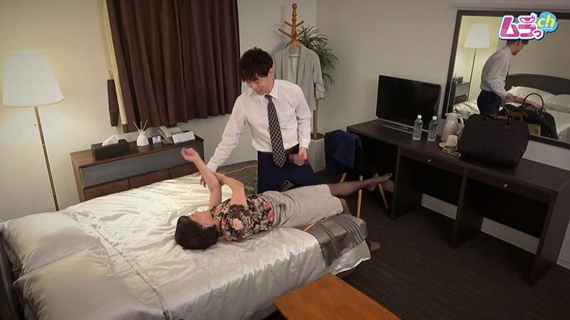 ホテル盗撮 取引先の女部長と、ふたりきりの肉欲快楽接待-2 イケメンAV男優動画/エロ画像