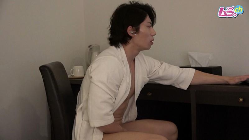 オトコノコのオナニー りょうま君30歳 2枚目
