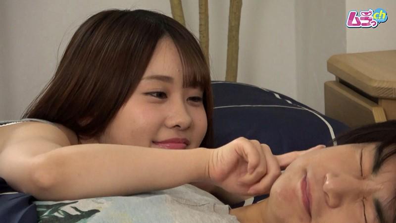 カップル盗撮 性欲の強い彼女が朝から積極的に求め腰振る寝起きセックス 画像2