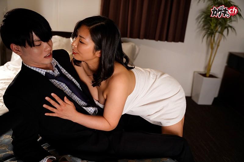 溢れんばかりの色香と熟れに熟れた爆乳爆尻がエロすぎる取引先の美熟女社長に迫られ、誘われるがままふたりきりで取引の続きという名のセックスに乱れた夜。5