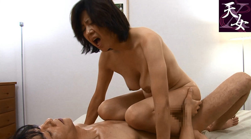 五十路の発情期 熟女の色気あふれるビラビラ膣犯 キャプチャー画像 9枚目