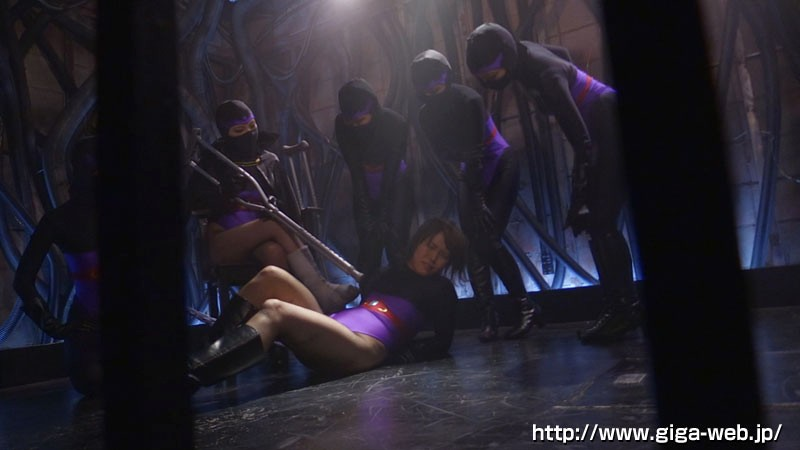 女戦闘員VS美少年ヒーロー 集団誘惑責め地獄14
