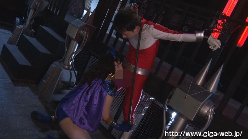 悪の女幹部デスクイーン ヒーロー奴隷化計画 浜崎真緒
