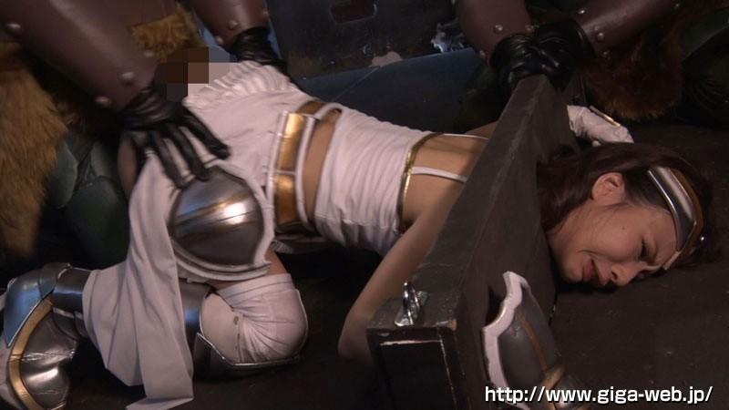 オーク姫騎士蹂躙 〜姫騎士エヴァ・ナイトレイ 肉欲の虜〜18