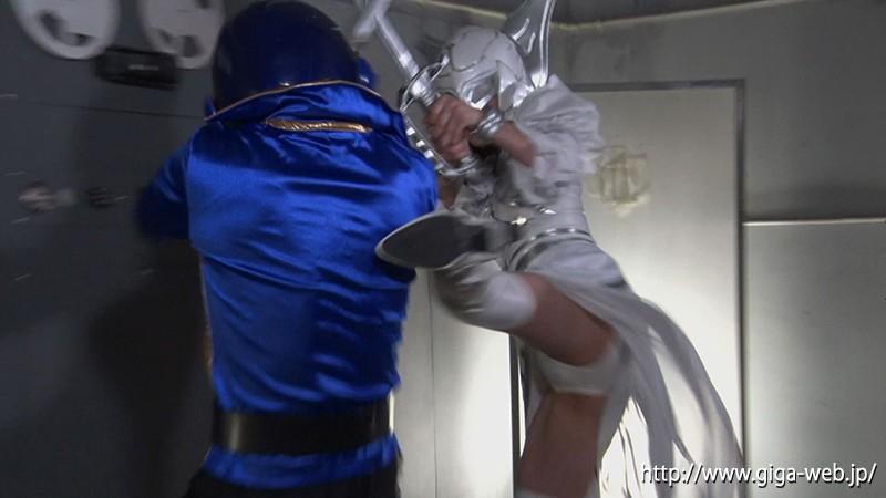 ヒーロー陥落 〜美しきガーベラと色欲の魔女ローゼ〜3
