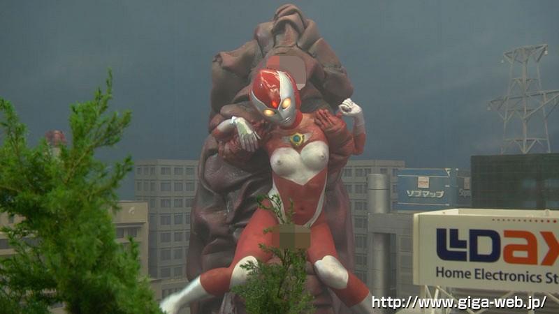 巨大ヒロイン(R) アルティAce 絶体絶命!巨大快楽人間椅子怪獣出現 桃瀬ゆり11