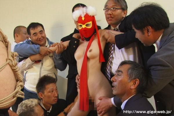 ヒロイン屈服 セクシー仮面編 波多野結衣13