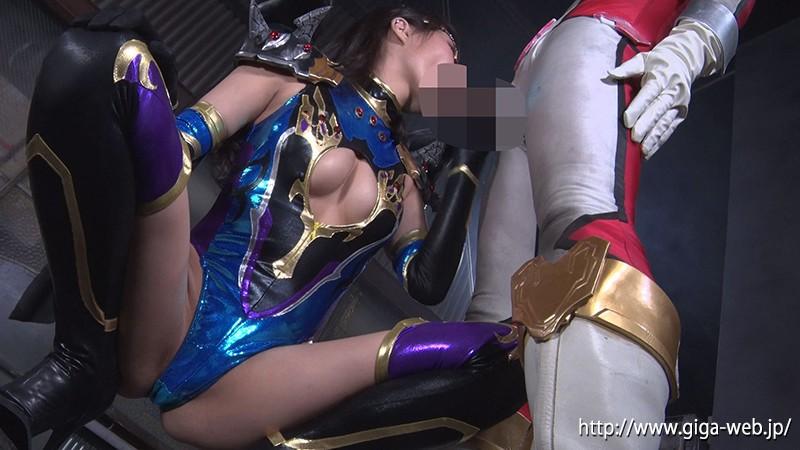 ヒーロー陥落 美魔女幹部ヴェルマリア 通野未帆 画像6