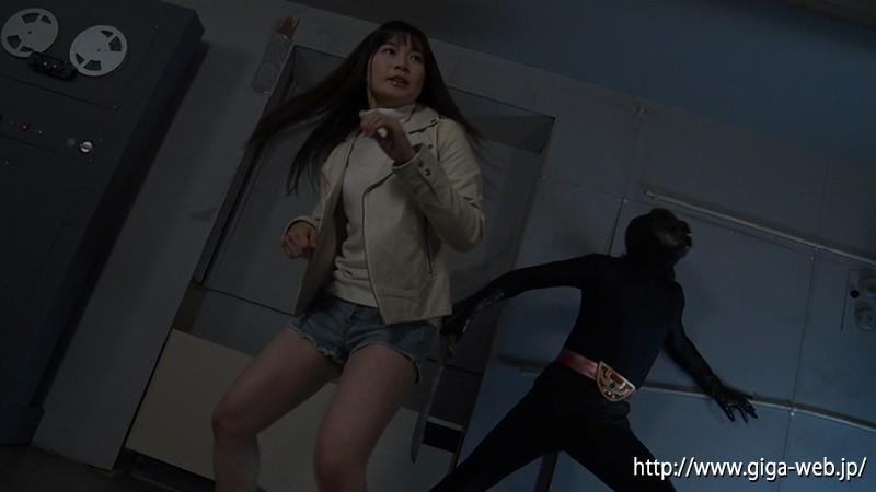 HEROINE陥落倶楽部13 銀河戦隊バトレンジャー バトピンク あゆみ莉花1