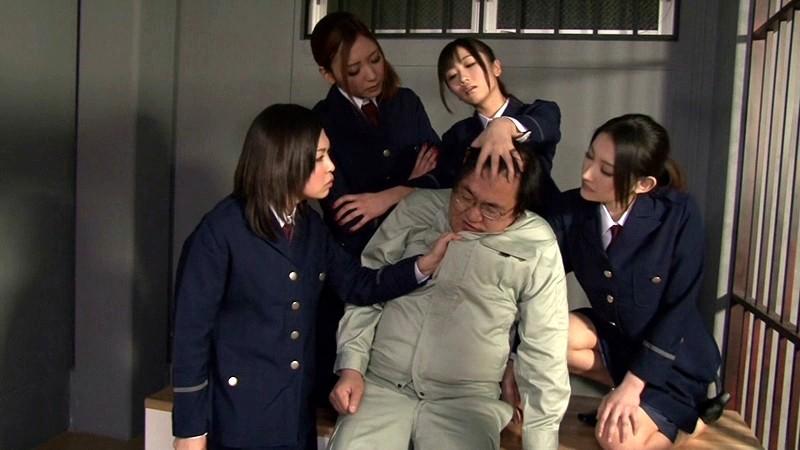 女看守の強●連射懲罰 画像1