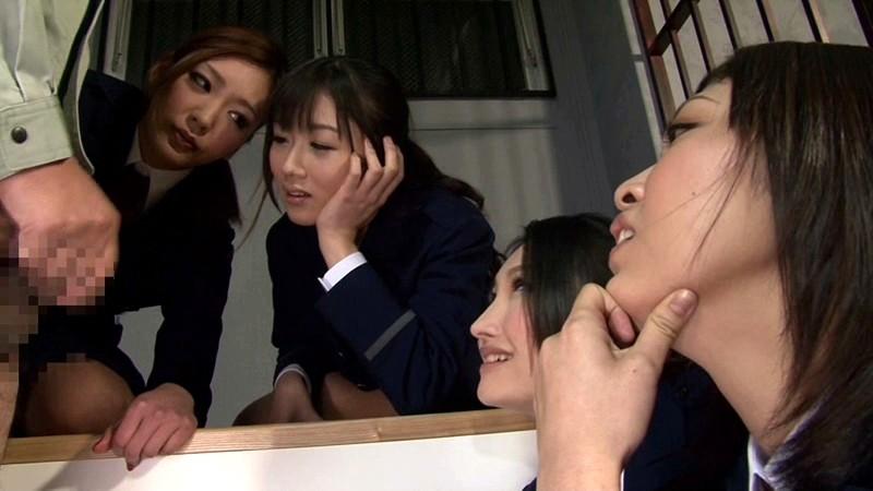 女看守の強●連射懲罰 画像3