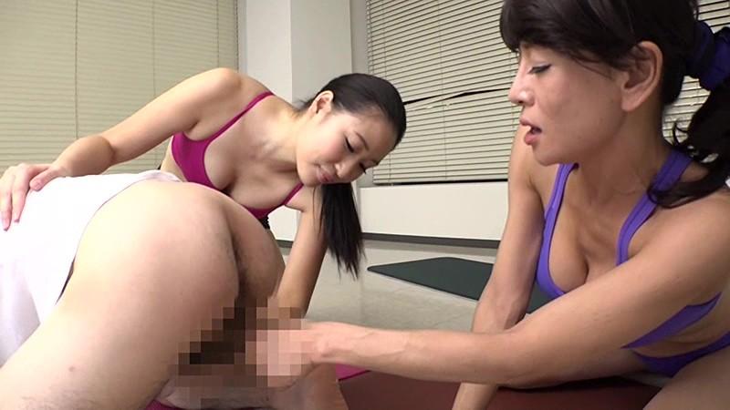 ヨガ教室のスケベ男に金蹴り制裁|無料エロ画像18
