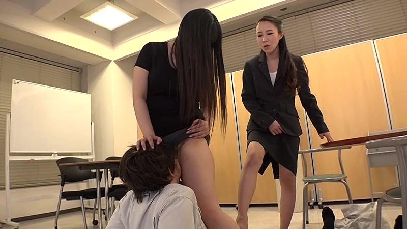 Facesitting school, naked girl bedpost