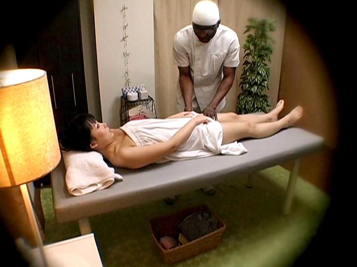 topp massage parlor creampie