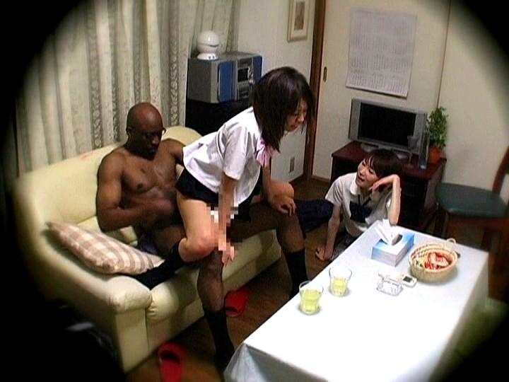 【黒人】スレンダーな美少女女子校生の、レイプ凌辱強姦無料エロ動画!【美少女、女子校生動画】