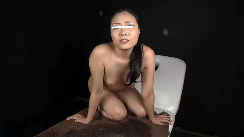素人限定AV出演を希望する女の子に試しに牛乳浣腸プレイをしてもらうと面白いリアクションが撮れました!笑 20枚目