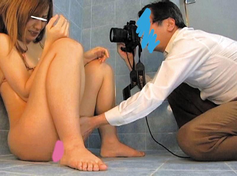 簡単なグラビアの撮影と思いきや怪しいエロ系の罠に嵌るうぶな娘達 キャプチャー画像 2枚目