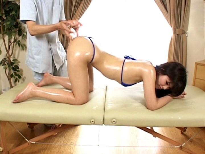 着エロアイドルのイメージビデオ撮影中に起こったハプニング映像流出!! 23