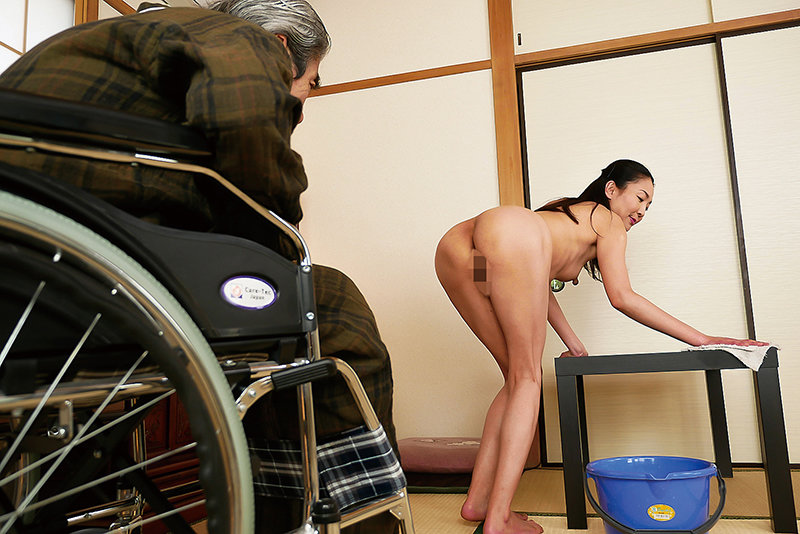 はだかの訪問介護士 艶堂しほり 画像1