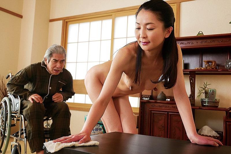 はだかの訪問介護士 艶堂しほり 画像2