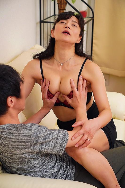 発情母 平岡里枝子