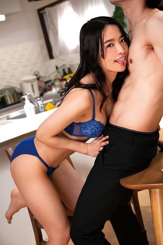 舐め好き女房 向井藍 画像19